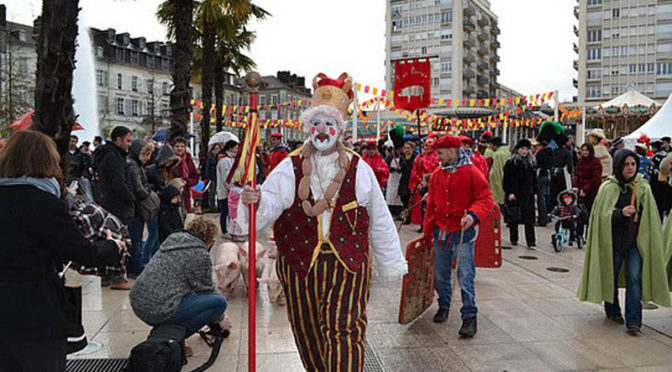 Symbolique et personnages du carnaval Biarnes par P. Heiniger-Casteret